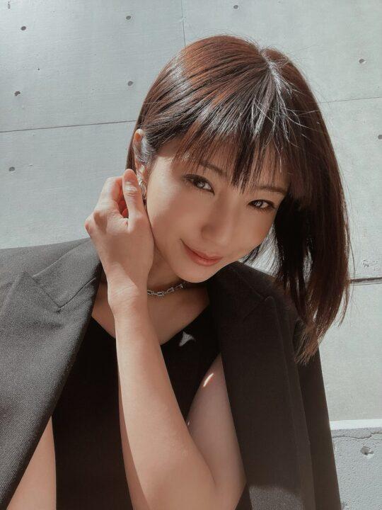 出岡美咲(izu)